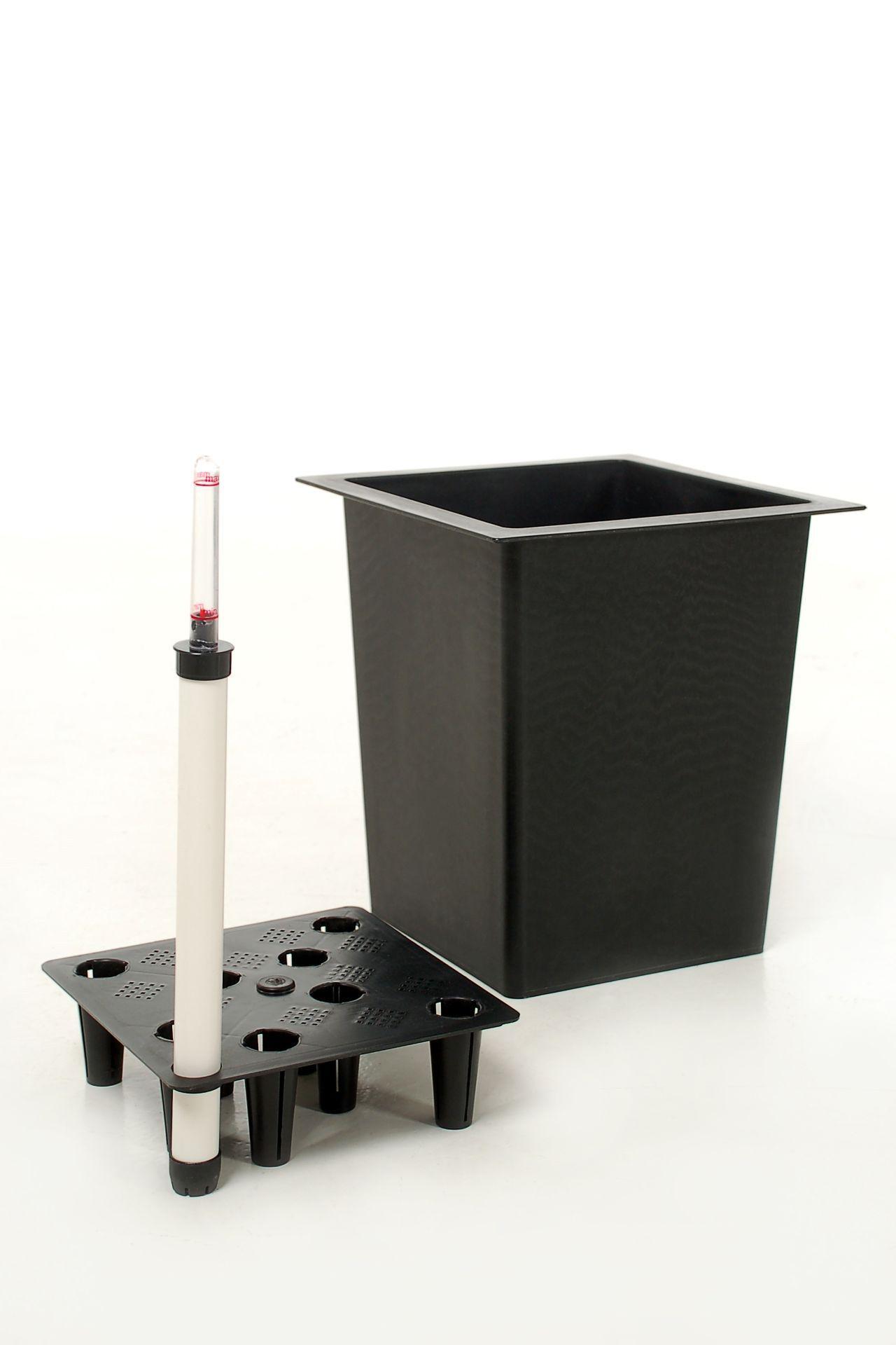 pflanzk beleinsatz aus kunststoff schwarz 34x34x32cm cm mit bew sserungssystem ebay. Black Bedroom Furniture Sets. Home Design Ideas