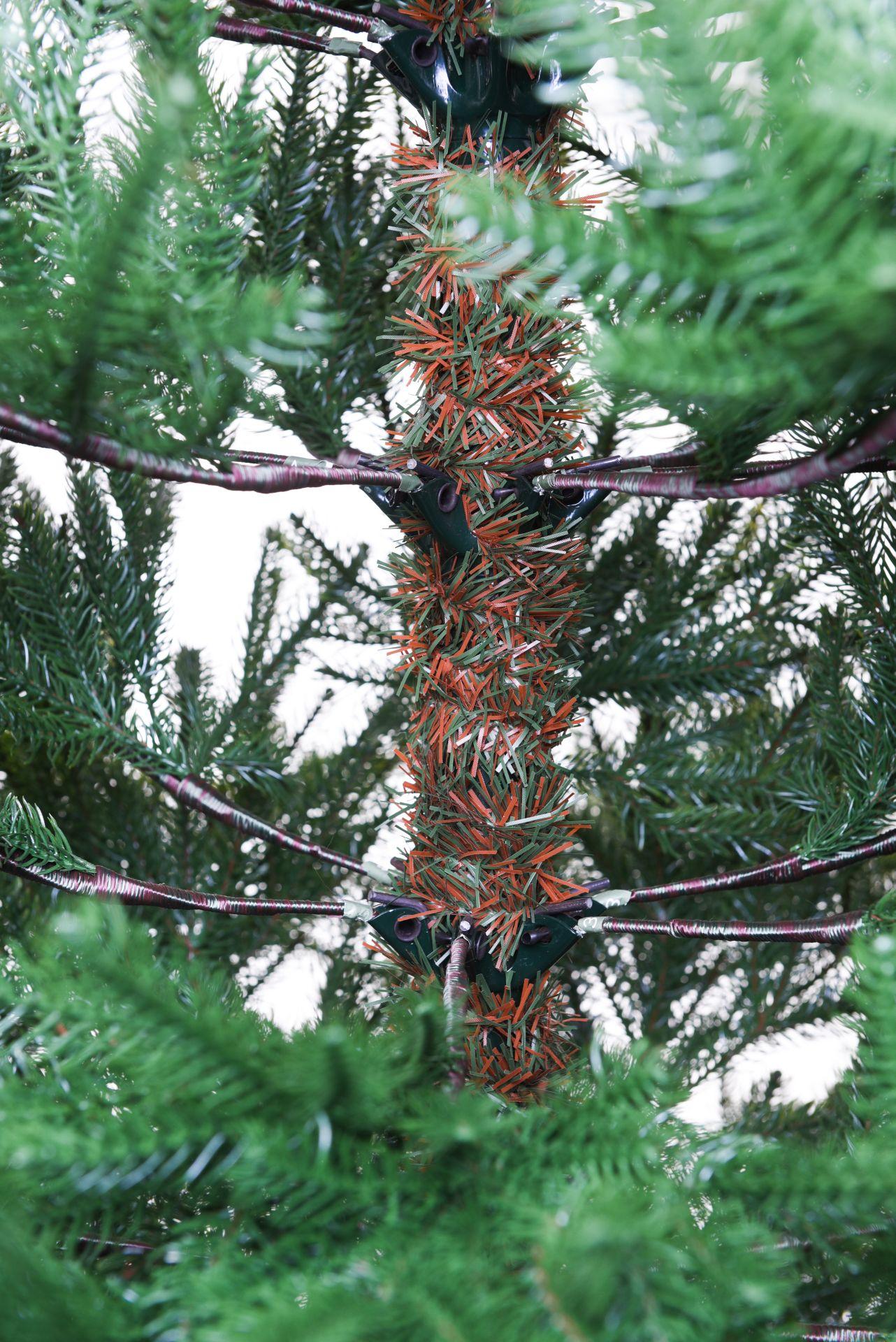 vivanno k nstlicher weihnachtsbaum tannenbaum premium. Black Bedroom Furniture Sets. Home Design Ideas