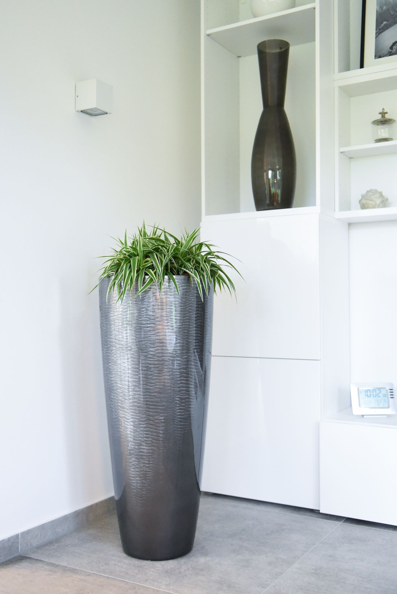 pflanzk bel pflanzgef bodenvase schlangenoptik metro 100 cm silber hochglanz ebay. Black Bedroom Furniture Sets. Home Design Ideas