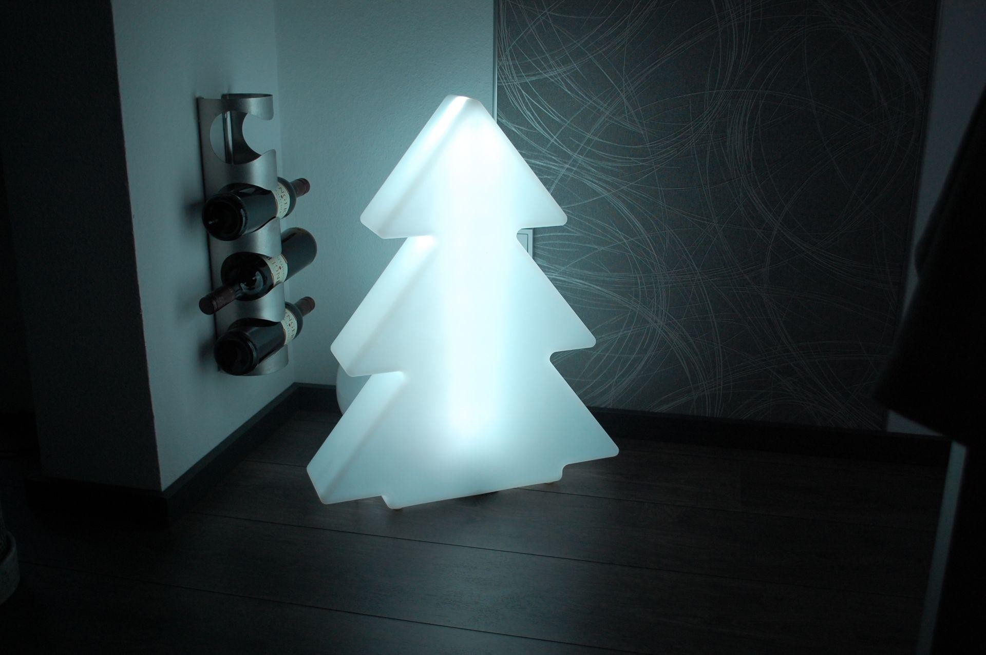 Tannenbaum Beleuchtet Kunststoff.Details Zu Led Weihnachtsbaum Tannenbaum Weihnachten Tanna Kunststoff Beleuchtet 63 Cm
