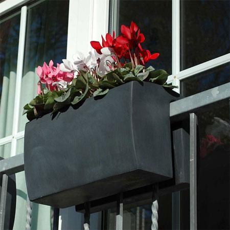 Selbsthängender Balkonkasten Linea