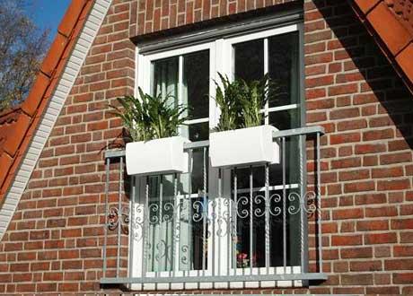 Selbsthängende Balkonkästen, Modell Linea