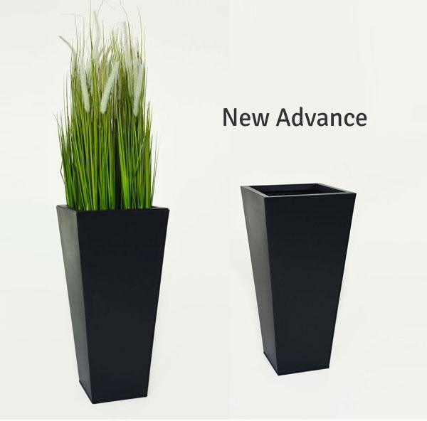 Harmonie ist machbar: Neue Pflanzkübel in schwarz, beige und grau ...
