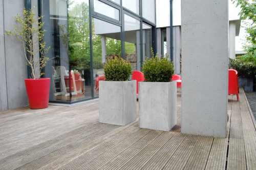 pflanzgefäße design faserzement balkon urban gärtnern