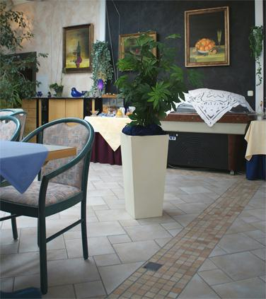 Blumenkuebel_Aggertal-Hotel_8_web