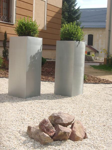pflanzkuebel-block-100-titanium